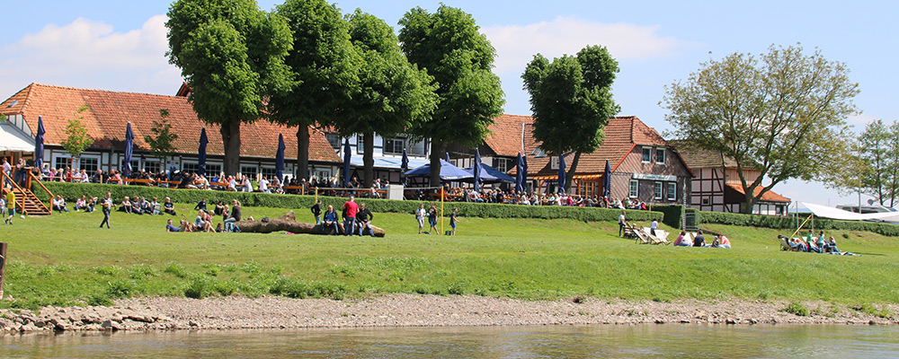 Paulaner Biergarten Grohnde an der Weser (bei Hameln)