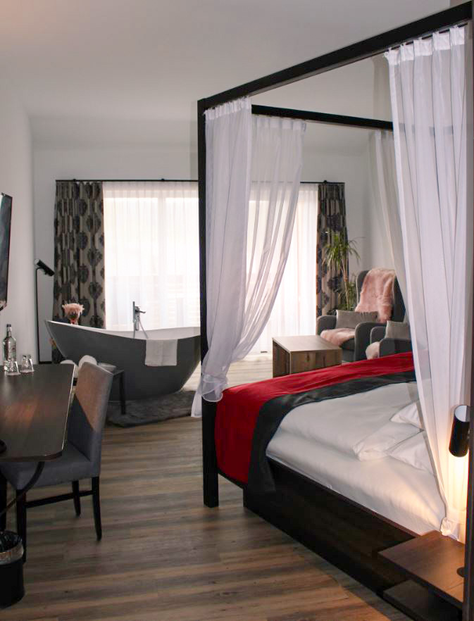 Romantikzimmer im Hotel Grohnder Fährhaus